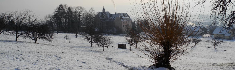 Heim Oberfeld bei Schnee